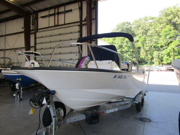 Used Boston Whaler 210 Montauk210 Montauk Center Console Fishing Boat For Sale