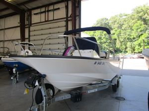 Used Boston Whaler 210 Montauk210 Montauk Center Console Fishing Boat For Sale