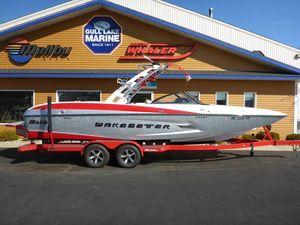 Used Malibu Wakesetter 24 MXZWakesetter 24 MXZ Ski and Wakeboard Boat For Sale