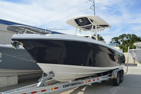 New Century 2600 CC2600 CC Center Console Fishing Boat For Sale