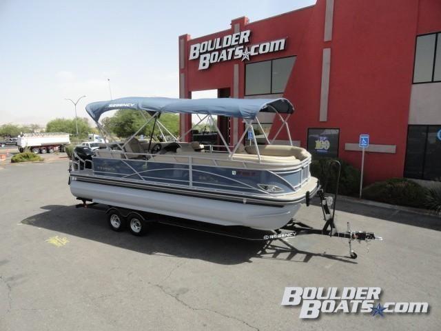 2017 Used Regency 220 DL3220 DL3 Pontoon Boat For Sale