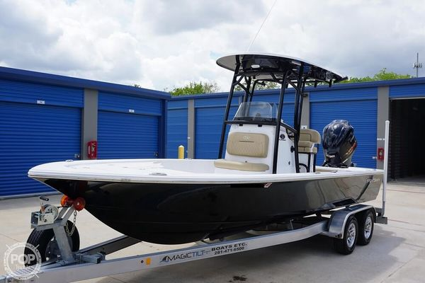 Used Sportsman 234 Tournament Center Console Fishing Boat For Sale