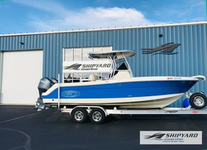Used Robalo R240 Center ConsoleR240 Center Console Center Console Fishing Boat For Sale