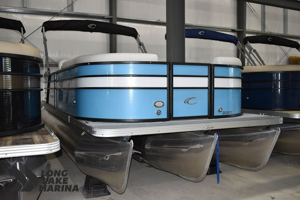 New Crest Classic LX 220 SLCClassic LX 220 SLC Pontoon Boat For Sale