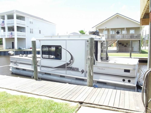 Used Sun Tracker 32 Party Cruiser Pontoon Boat For Sale