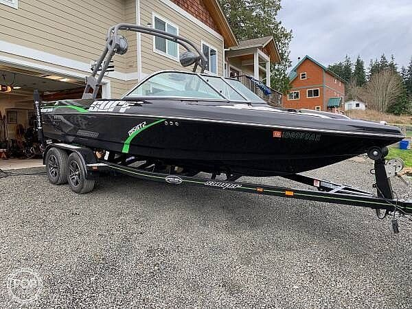 Used Sanger V215XTZ Ski and Wakeboard Boat For Sale