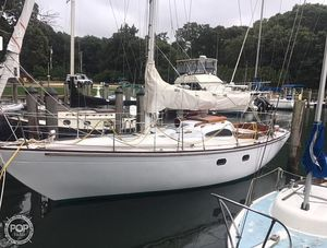 Used Le Comte 33 Medalist Sloop Sailboat For Sale