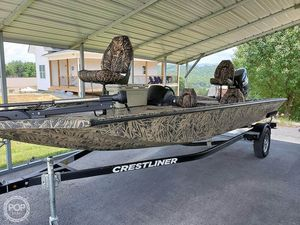 Used Crestliner VT 19 Aluminum Fishing Boat For Sale
