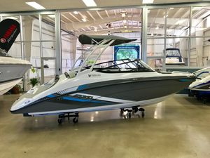 New Yamaha Boats SX210SX210 Ski and Wakeboard Boat For Sale