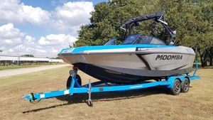 New Moomba Max MoombaMax Moomba Ski and Wakeboard Boat For Sale