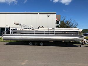Used Premier 310 Grand Majestic LTD310 Grand Majestic LTD Pontoon Boat For Sale