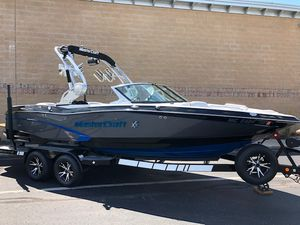 Used Mastercraft X10X10 Ski and Wakeboard Boat For Sale