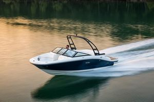 New Sea Ray SPX 190SPX 190 Bowrider Boat For Sale