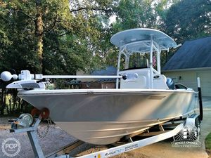 Used Sportsman Masters 227 Platinum Center Console Fishing Boat For Sale