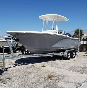 Used Tidewater 220LXF Center Console Fishing Boat For Sale