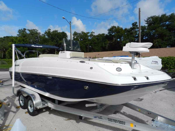 New Hurricane CC 19 Deck Boat For Sale