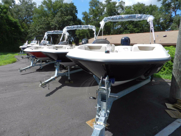 New Bayliner Element XL Bowrider Boat For Sale