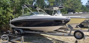 Used Rinker 246 Captiva Ski and Wakeboard Boat For Sale
