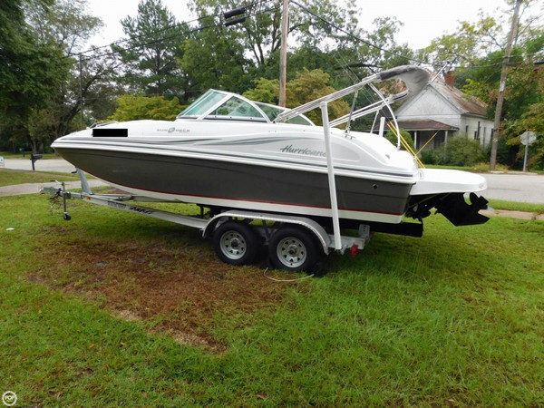 Used Hurricane SunDeck 187 Deck Boat For Sale
