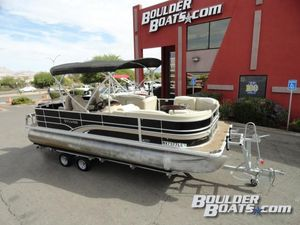 Used Sylvan Mirage 8522 Party FishMirage 8522 Party Fish Pontoon Boat For Sale