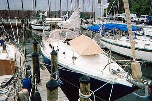 Used Ericson Yachts 35 MKII Cutter-Rigged Sloop Sailboat For Sale