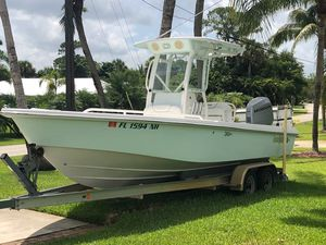 Used Everglades 243CC With Trailer and No Bottom Paint243CC With Trailer and No Bottom Paint Center Console Fishing Boat For Sale