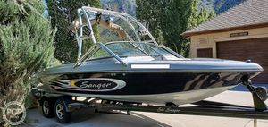 Used Sanger V230 Wake Series Ski and Wakeboard Boat For Sale