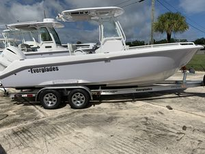 New Everglades 235 Center Console235 Center Console Center Console Fishing Boat For Sale