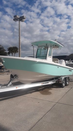 New Everglades 253 Center Console (Located in NEW SMYRNA BEACH)253 Center Console (Located in NEW SMYRNA BEACH) Center Console Fishing Boat For Sale