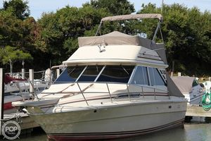 Used Sea Ray SRV 310 Vanguard Sedan Bridge Express Cruiser Boat For Sale