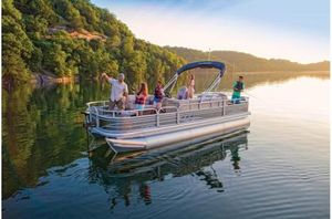New Sun Tracker Signature Fishing Barge 22 XP3 w/150L 4SSignature Fishing Barge 22 XP3 w/150L 4S Pontoon Boat For Sale