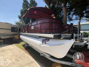 Used Sweetwater 2086 Pontoon Boat For Sale