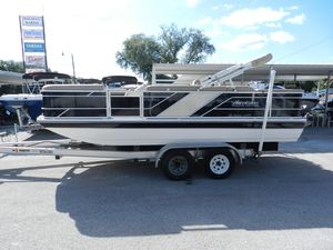 New Hurricane 196196 Deck Boat For Sale