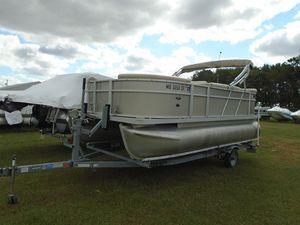 Used Crest Wave 190Wave 190 Pontoon Boat For Sale
