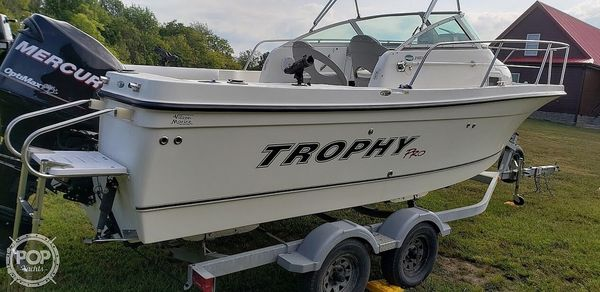 Used Trophy Pro 2102 Walkaround Fishing Boat For Sale