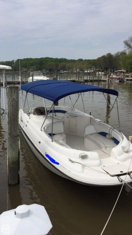 Used Chaparral 252 Sunesta Deck Boat For Sale