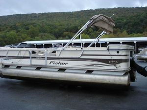 Used Fisher 24 Freedom Deluxe24 Freedom Deluxe Pontoon Boat For Sale