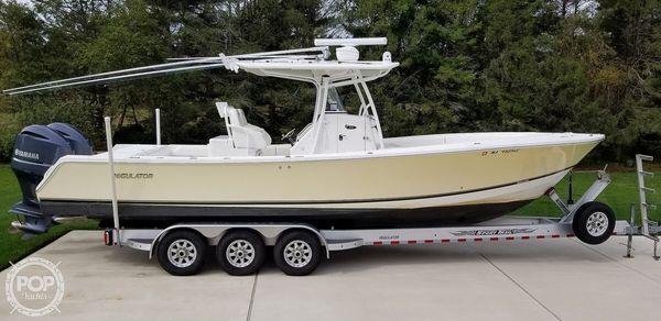 Used Regulator Marine 32 FS Center Console Fishing Boat For Sale