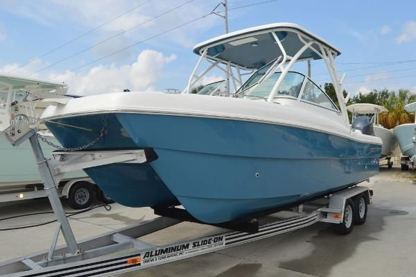 New World Cat 230 DC230 DC Sports Fishing Boat For Sale