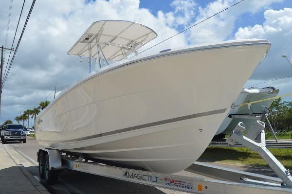 New Cobia 237 CC237 CC Center Console Fishing Boat For Sale