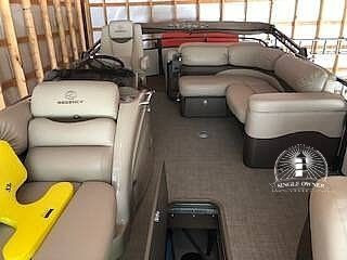 Used Sun Tracker Regency 254 LE3 Pontoon Boat For Sale