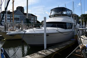 Used Carver 350 Aft Cabin350 Aft Cabin Motor Yacht For Sale