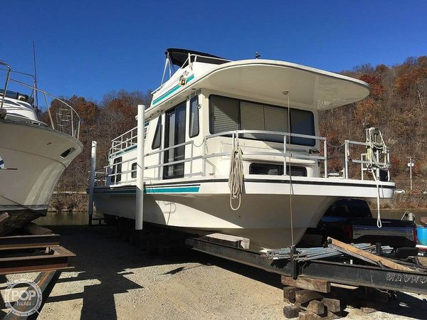 Used Gibson Classic House Boat For Sale