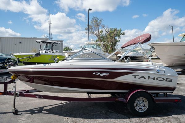 Used Tahoe Q4 SFQ4 SF Bowrider Boat For Sale