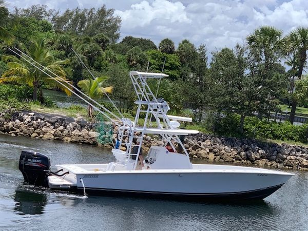Used Jupiter 31 Center Console Fishing Boat For Sale
