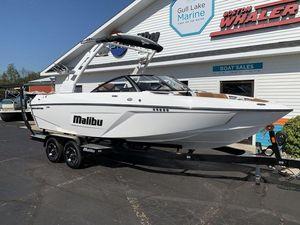 Used Malibu Wakesetter 22 LSVWakesetter 22 LSV Ski and Wakeboard Boat For Sale