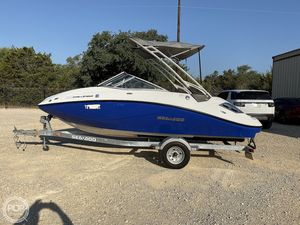 Used Sea-Doo 180 Challenger Ski and Wakeboard Boat For Sale