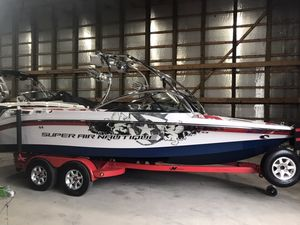 Used Nautique Super Air 230Super Air 230 Ski and Wakeboard Boat For Sale