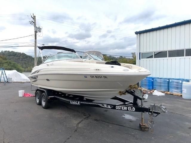 2002 Used Sea Ray 220 Sundeck220 Sundeck Deck Boat For