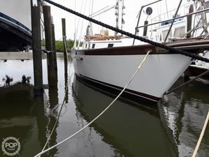 Used Endeavour 40 Sloop Sailboat For Sale